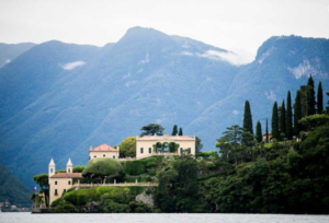20 Luxury Wedding Venues in Italy Villa del Balbianello with mountains behind