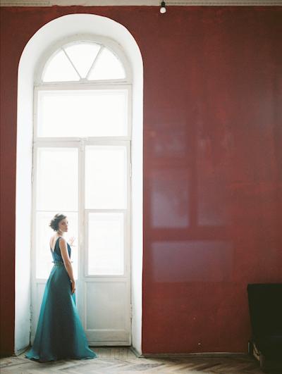 Fine Art Wedding Inspiration classical apartment in saint petersburg