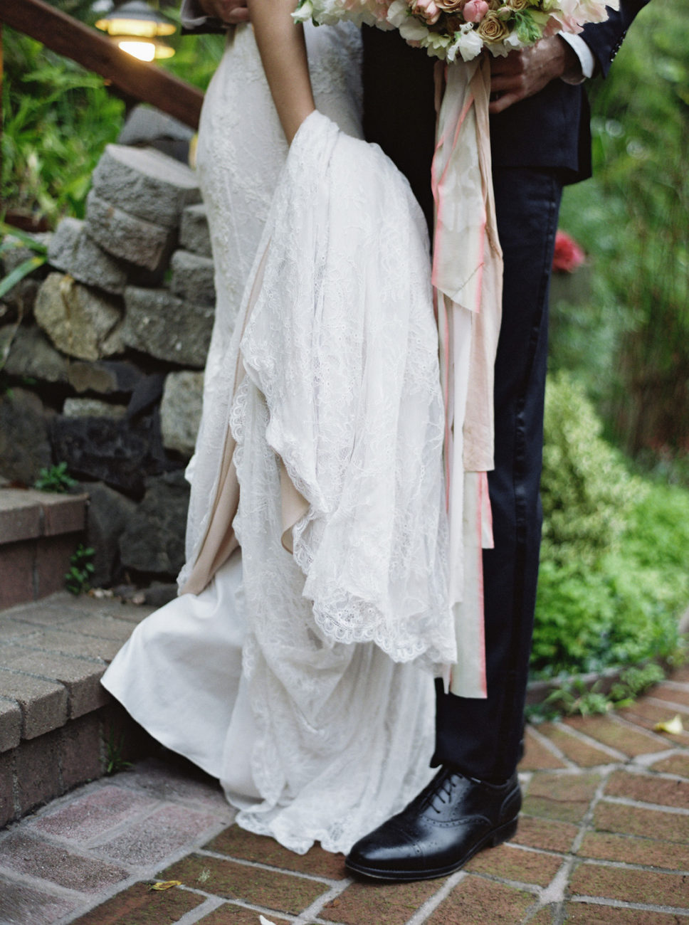 Neutral Wedding Inspiration_wedding dress