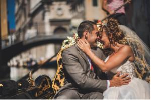 Best Destination Wedding Venice couple hugging