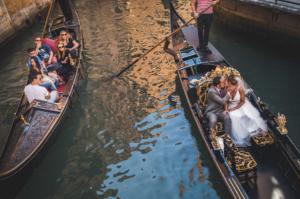 Best Destination Wedding Venice couple on a boat