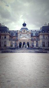 Château de Vaux-le-Vicomte front facade