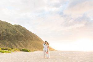 Destination wedding locations simple Oahu wedding