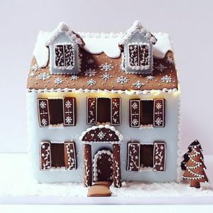 luxury wedding cake designers gingerbread house