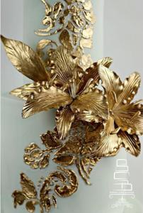 luxury wedding cake designers gold petals