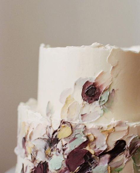 Luxury Wedding Cake Designers Icing Gestural Patterns With Coloured Fondant