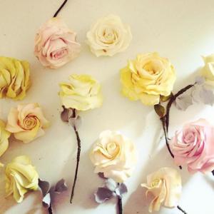 5 wedding cake designers yellow sugar roses