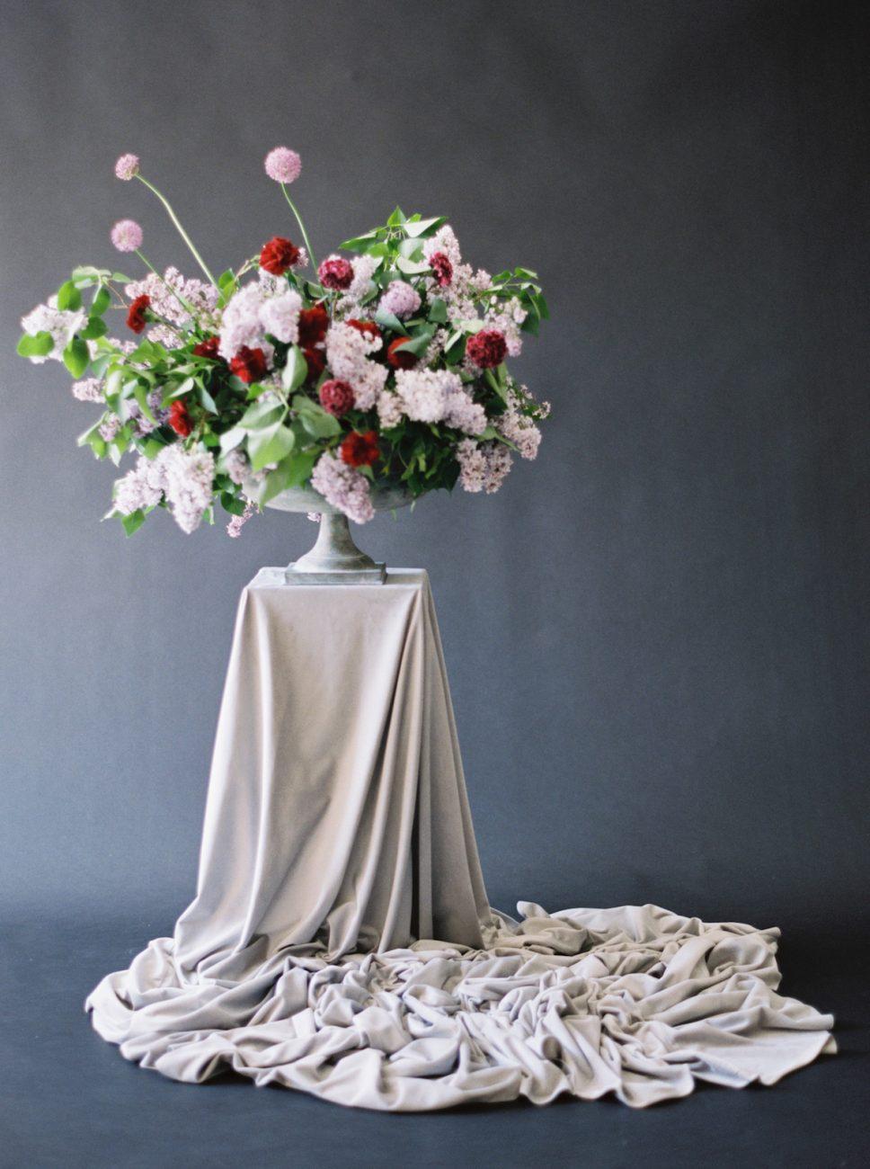 Moody Black Wedding Inspiration_pink and red large floral arrangement