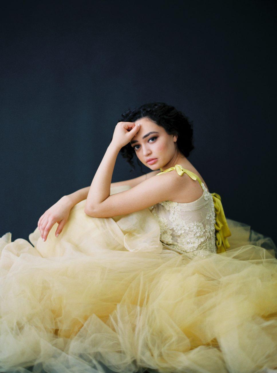 Moody Black Wedding Inspiration_yellow dress puffed up