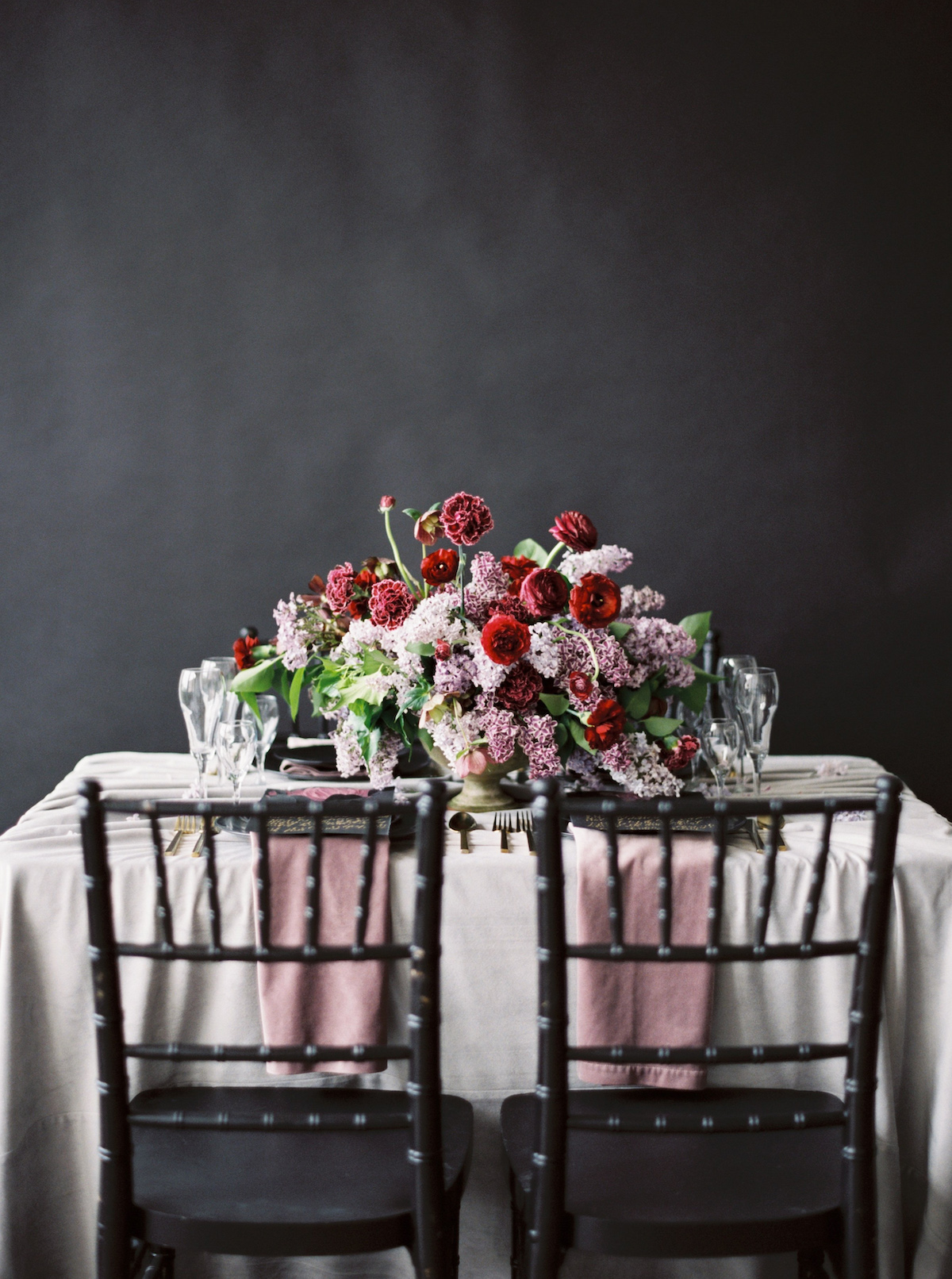 London Wedding Invitations which chairs to use to compliment a black tie wedding