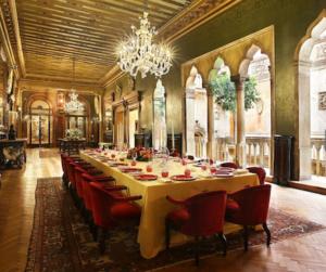 20 Luxury Wedding Venues in Italy Hotel Danieli lavish banquet room