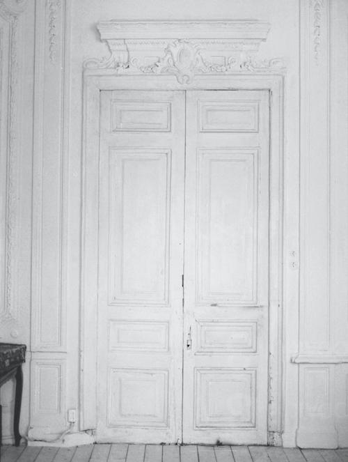 Fine Art Wedding Inspiration classical entrance