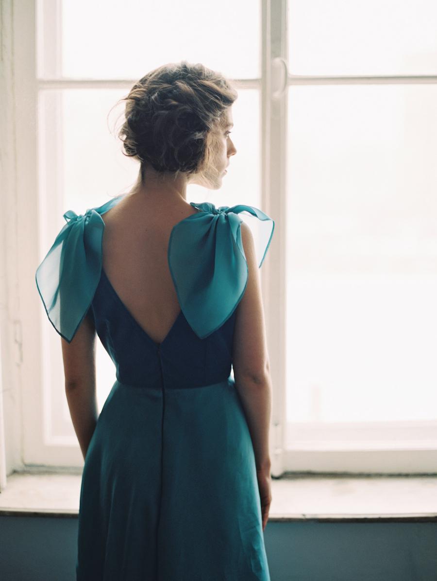 Fine Art Wedding Inspiration with back of a blue velvet dress