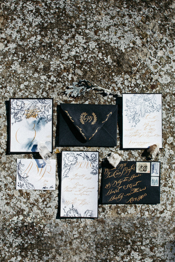 Style-Shoot-in-Tuscany-Italy-wedding stationery suite