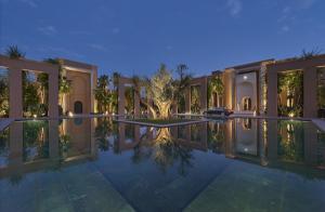 Luxury Wedding in Morocco Mandarin Oriental Marrakech outside court