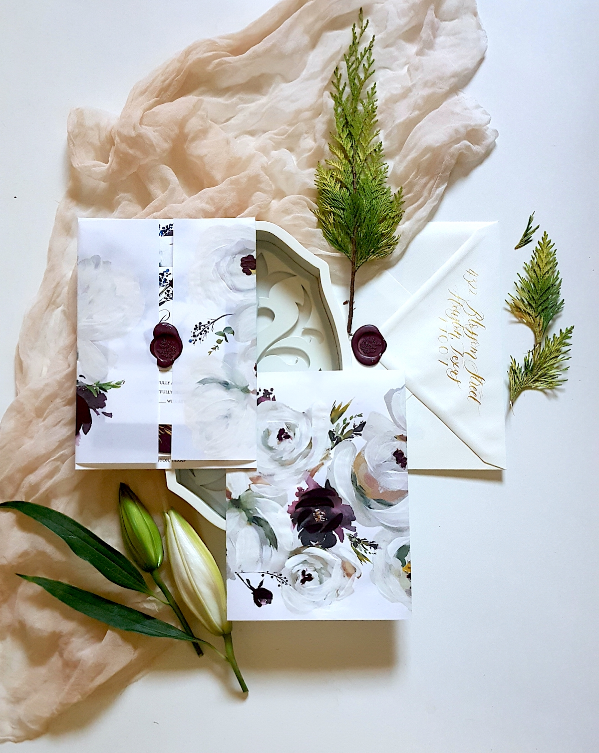 Custom wedding invitations with envelope and suite