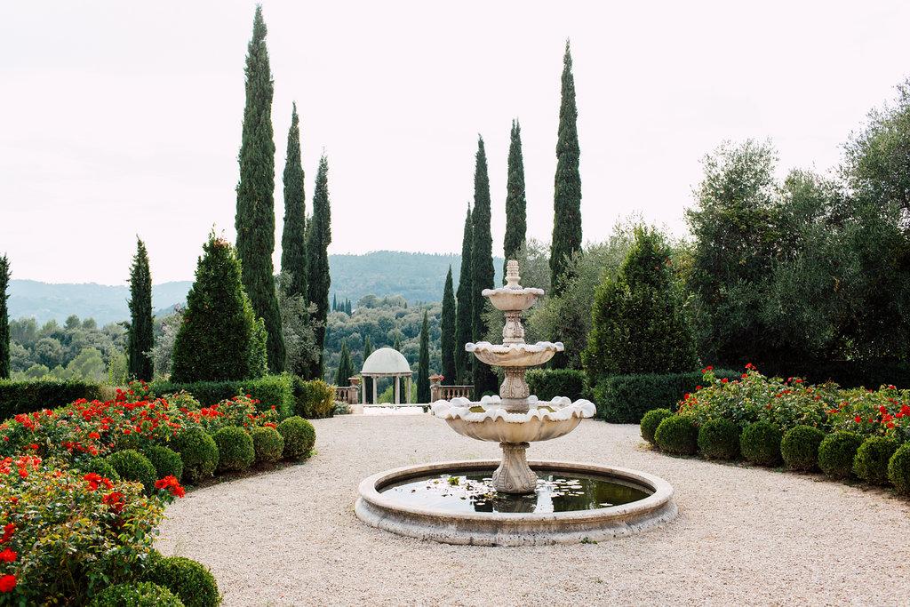 French Wedding Inspiration fountain