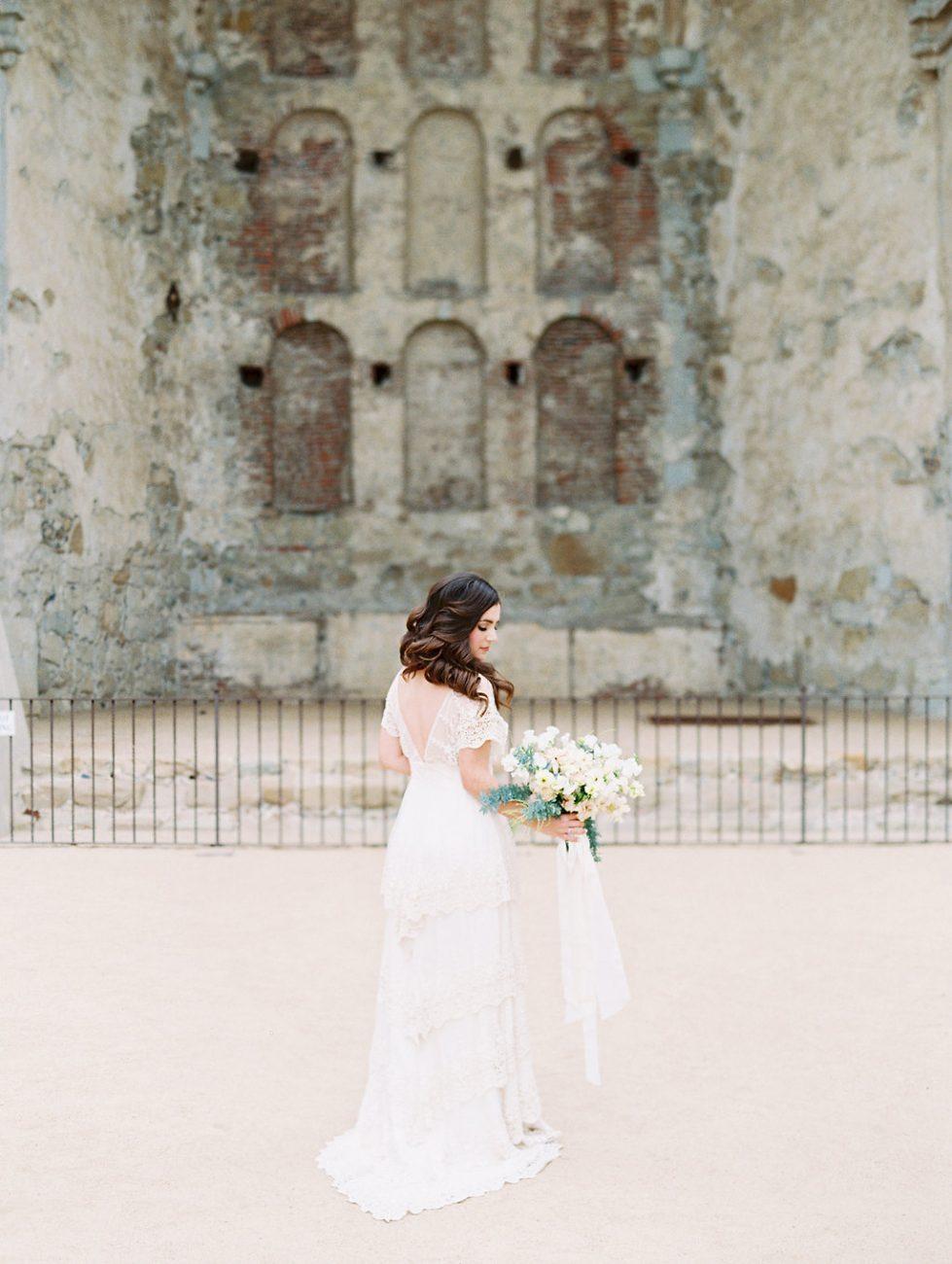 Watercolour wedding invitations bride