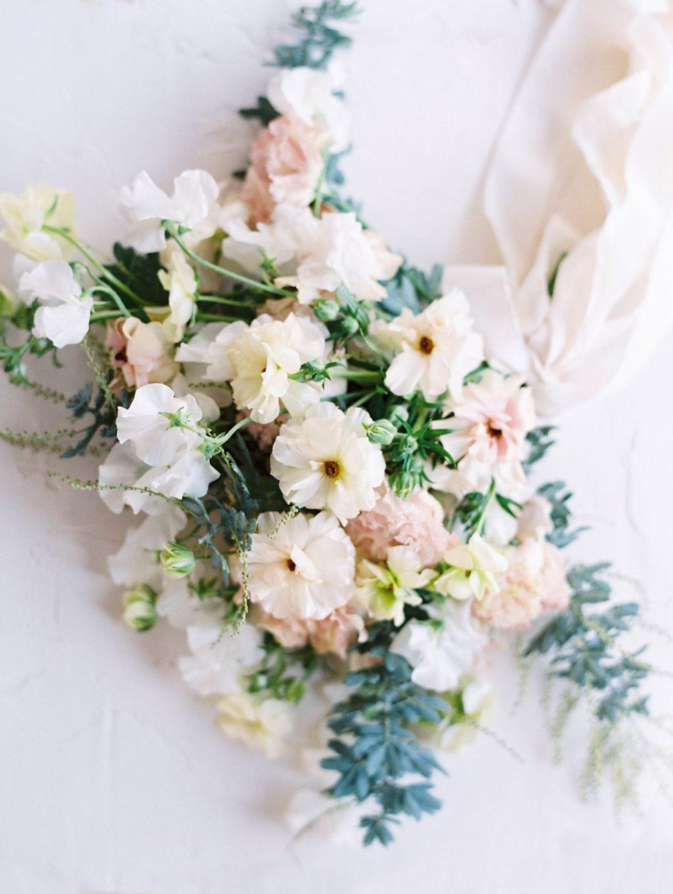 Orange Country wedding inspiration bridal bouquet