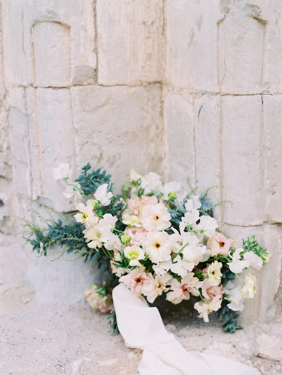 Orange Country wedding inspiration flowers