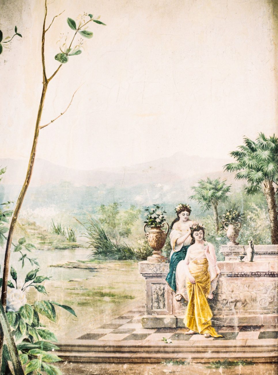 Palace Wedding Inspiration - wall painting