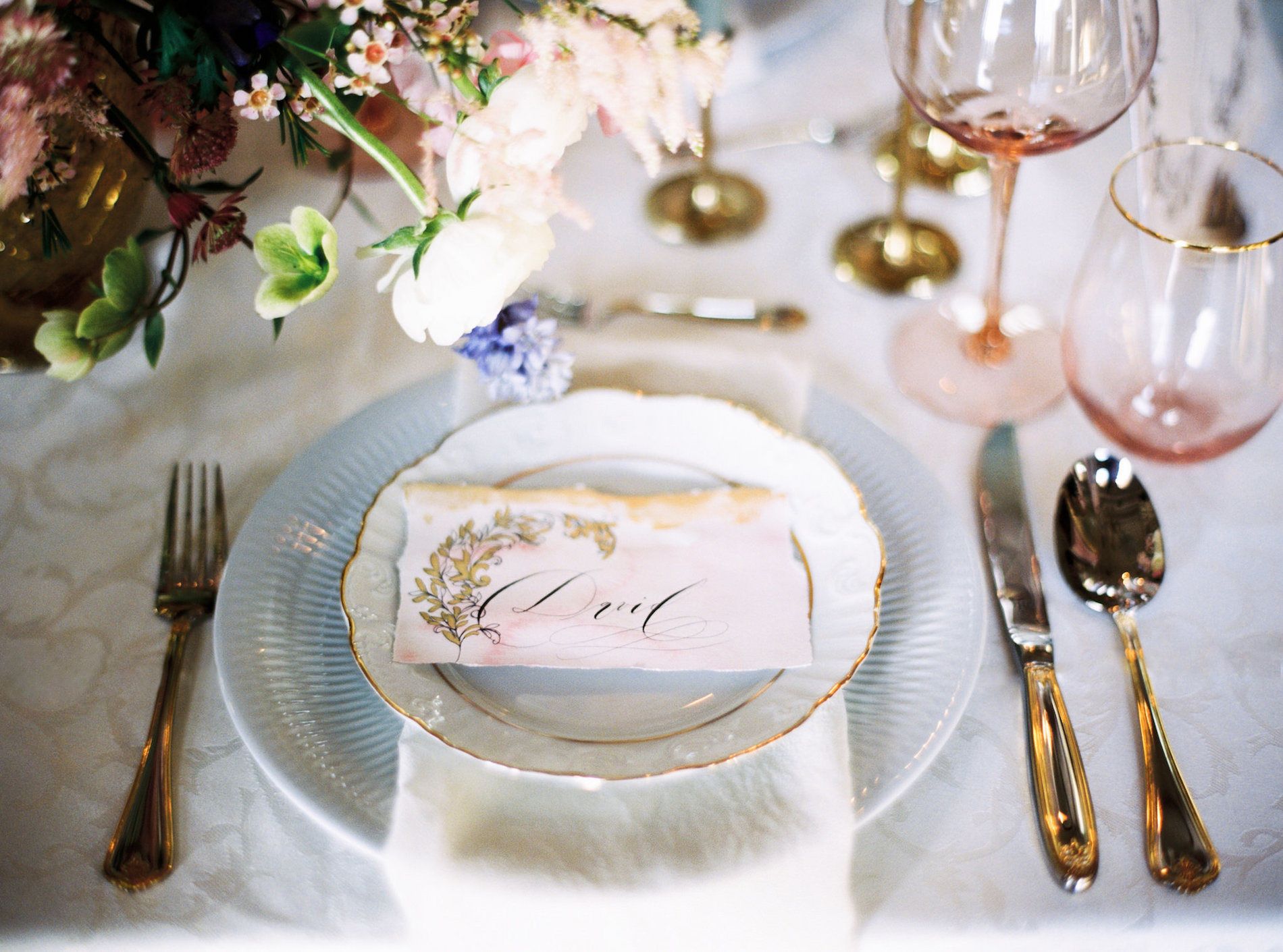 Wedding-Style-Shoots-place-names-for-a-palace-wedding