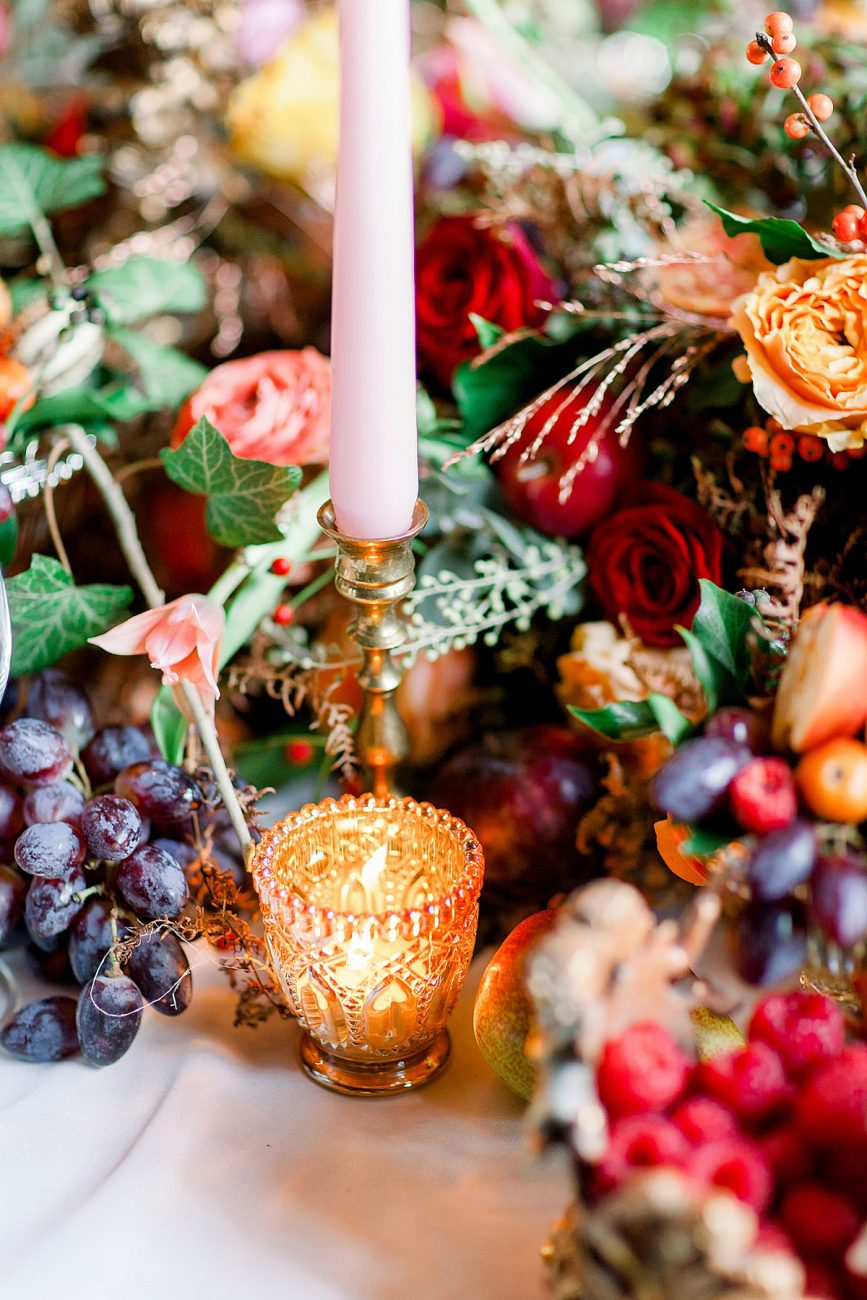 Baroque wedding inspiration with rich winter table setting ideas