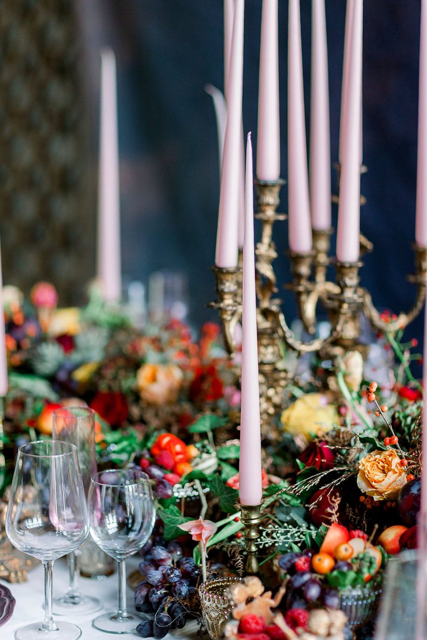 Baroque wedding reception ideas with luxury moody table decor