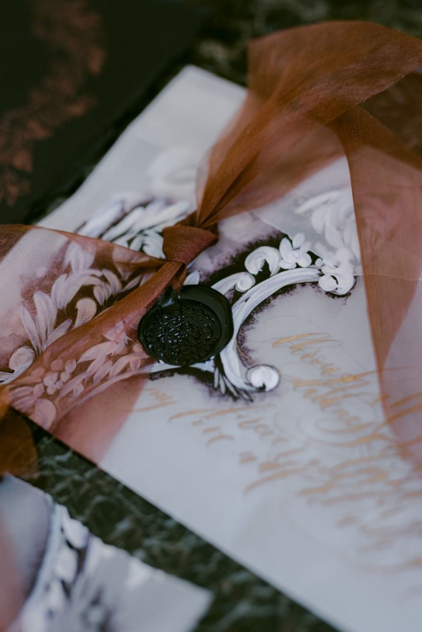Classical - chic black and white Italian wedding stationery with hand painted details for luxury destination weddings in Italy