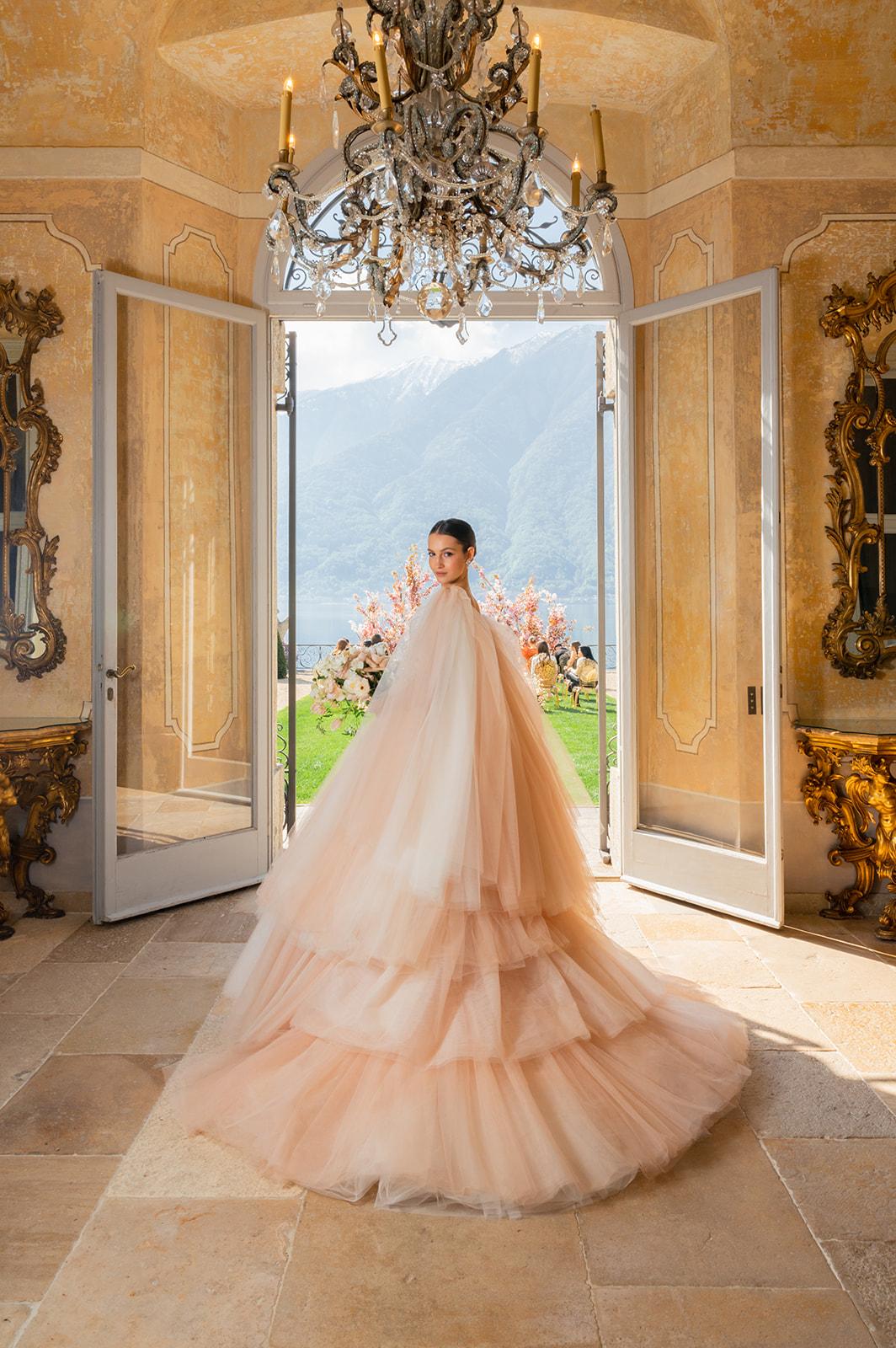 Villa Balbiano on Lake Como, for a high-end luxury destination wedding