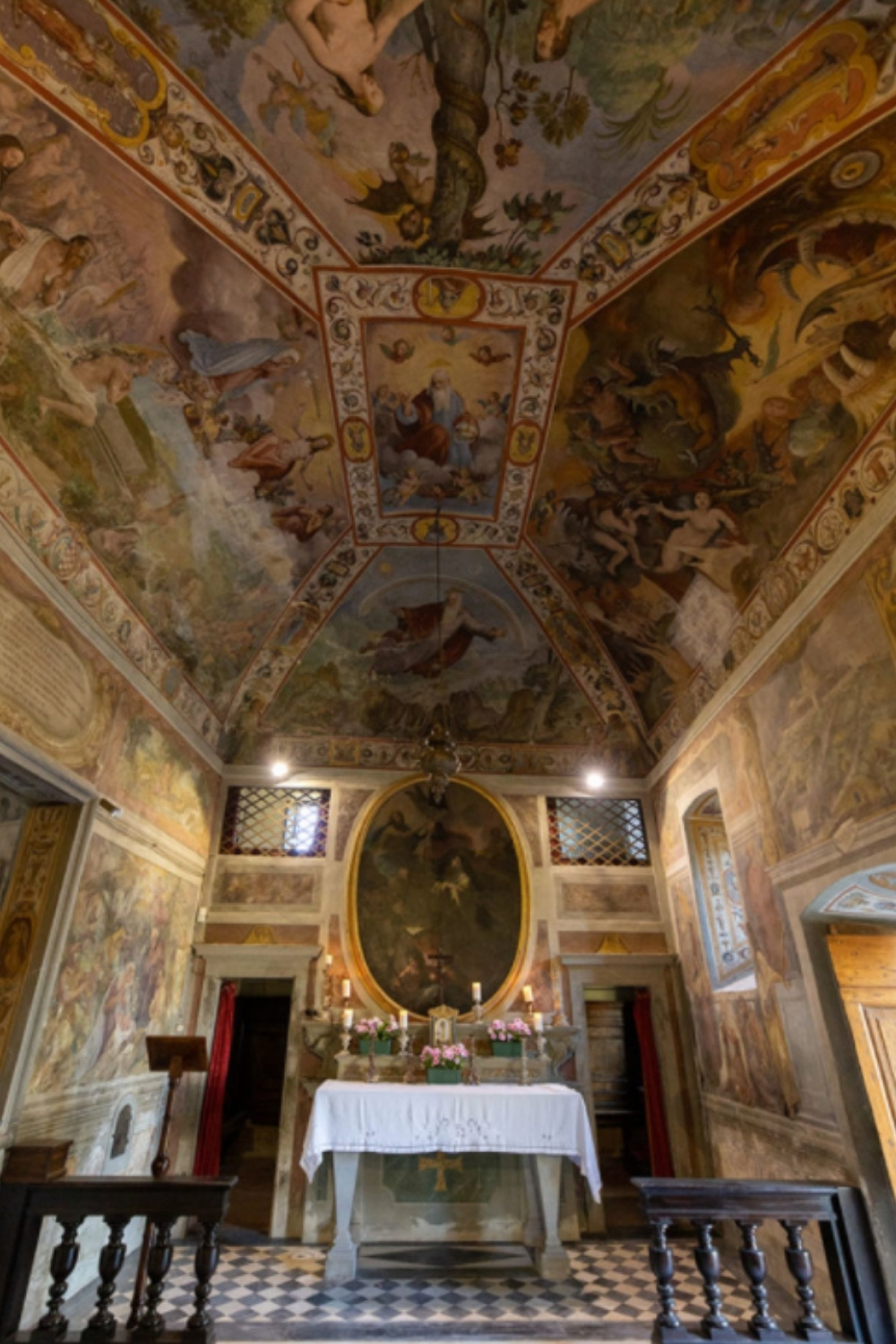 Villa Pazzi has a beautiful, original fresco painted, ancient chapel
