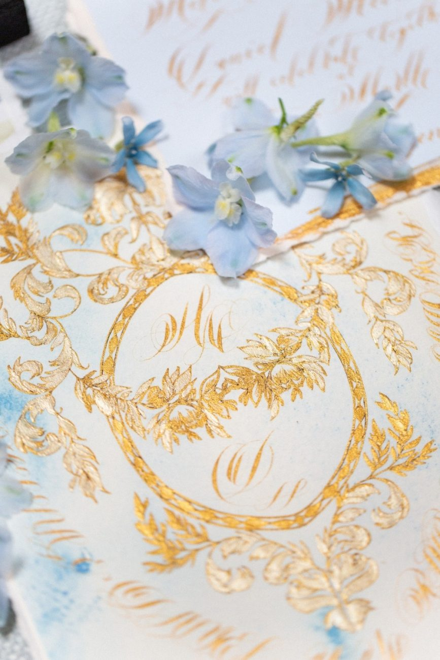 Blue & Gold Wedding invitations for a classical wedding