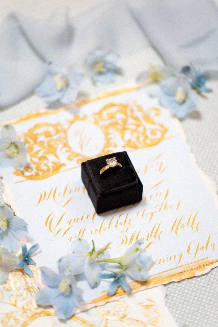 Blue & Gold fine art wedding stationery for an elegant wedding in Italy